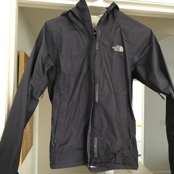 f0c68b00f The North Face Women's Venture 2 Rain Jacket